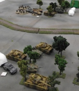 German armor arrives to relieve the Fallschirmjager.